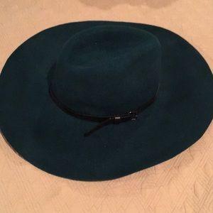 NWT BCBG Deep Caribbean Wool Hat